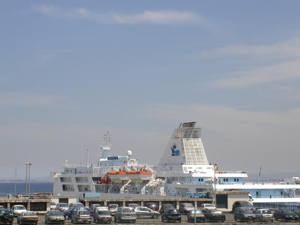 Alger - orasul alb-albastru!